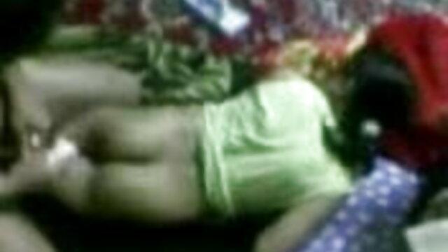 سے فیلم سکسی با کیر کوچک لطف اندوز پتلی کی اندام نہانی میں ایک 18 سالہ لڑکی