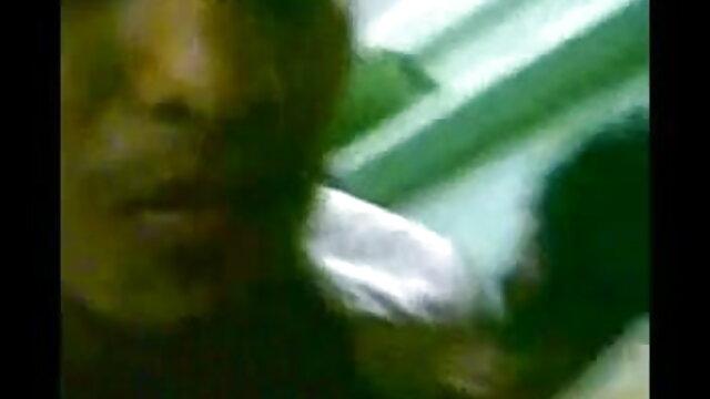 میں پھنس فیلم های سکسی جوانان ہک ٹیکسی ڈرائیور جعلی سنہرے بالوں والی