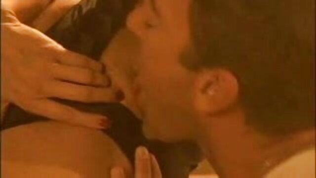 دم گھٹ فیلم سکس خشن با دستگاه منی