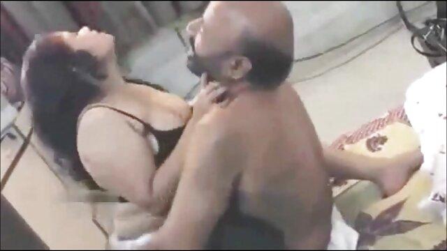 جاسوسی بھائی باتھ روم فیلم سکس با حامله میں