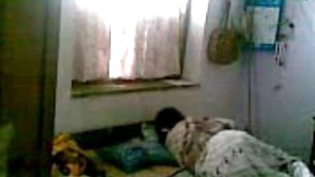 جوڑے کی عمر 18 سال سے یوکرائن کے سکس با دختر چاق آخر میں باورچی خانے