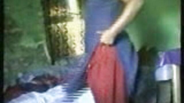 لڑکی پیاری نوجوانوں کے چوسنے کی عادت لنڈ فیلم سکسی دختر با پسر جنگل میں