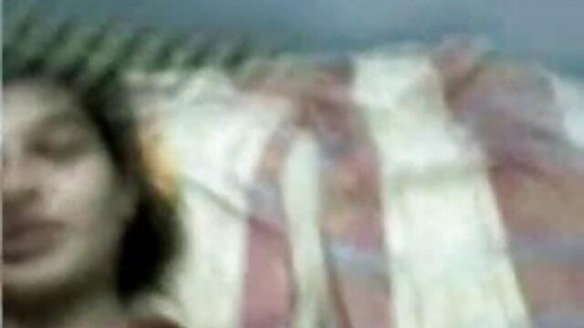 سنہرے بالوں والی سکس از کون با درد ٹرانس